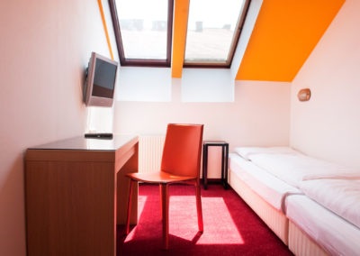 20100715_Hotel Kunsthof_Zimmer_Small_401_2400