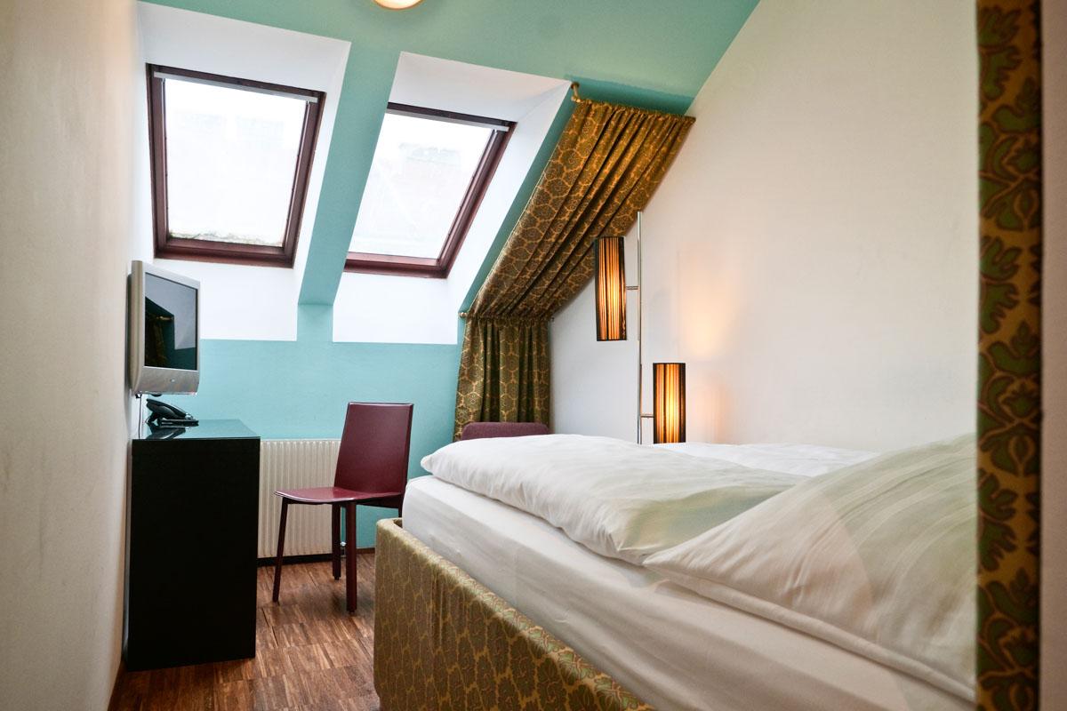 20110120_Hotel Kunsthof_Zimmer_Small_406_1200