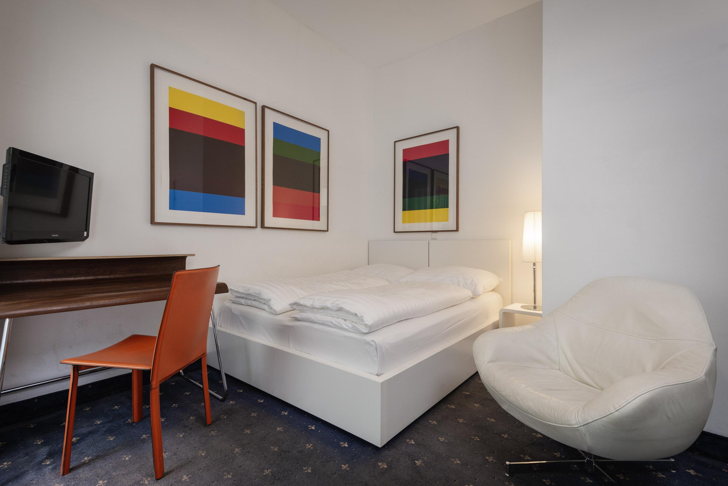 Zimmer 107